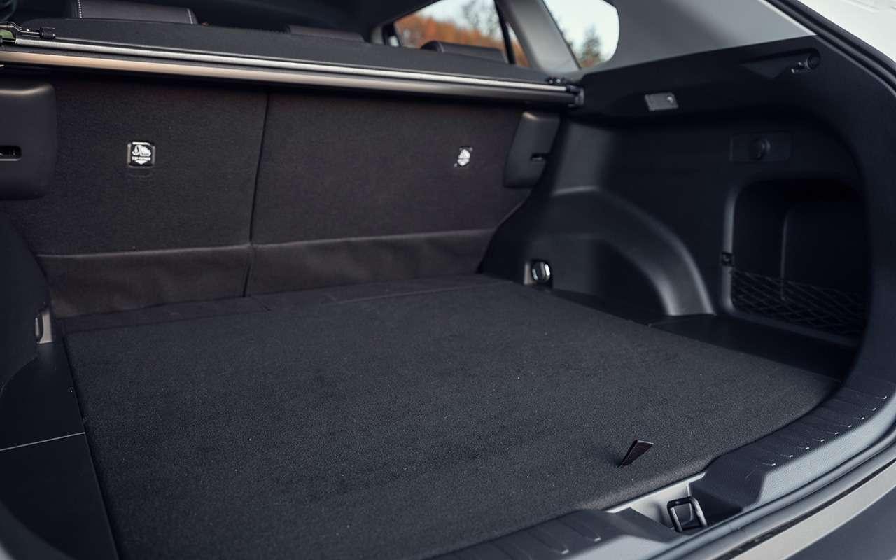 Первый тест-драйв Toyota RAV4 нового поколения— фото 1006011