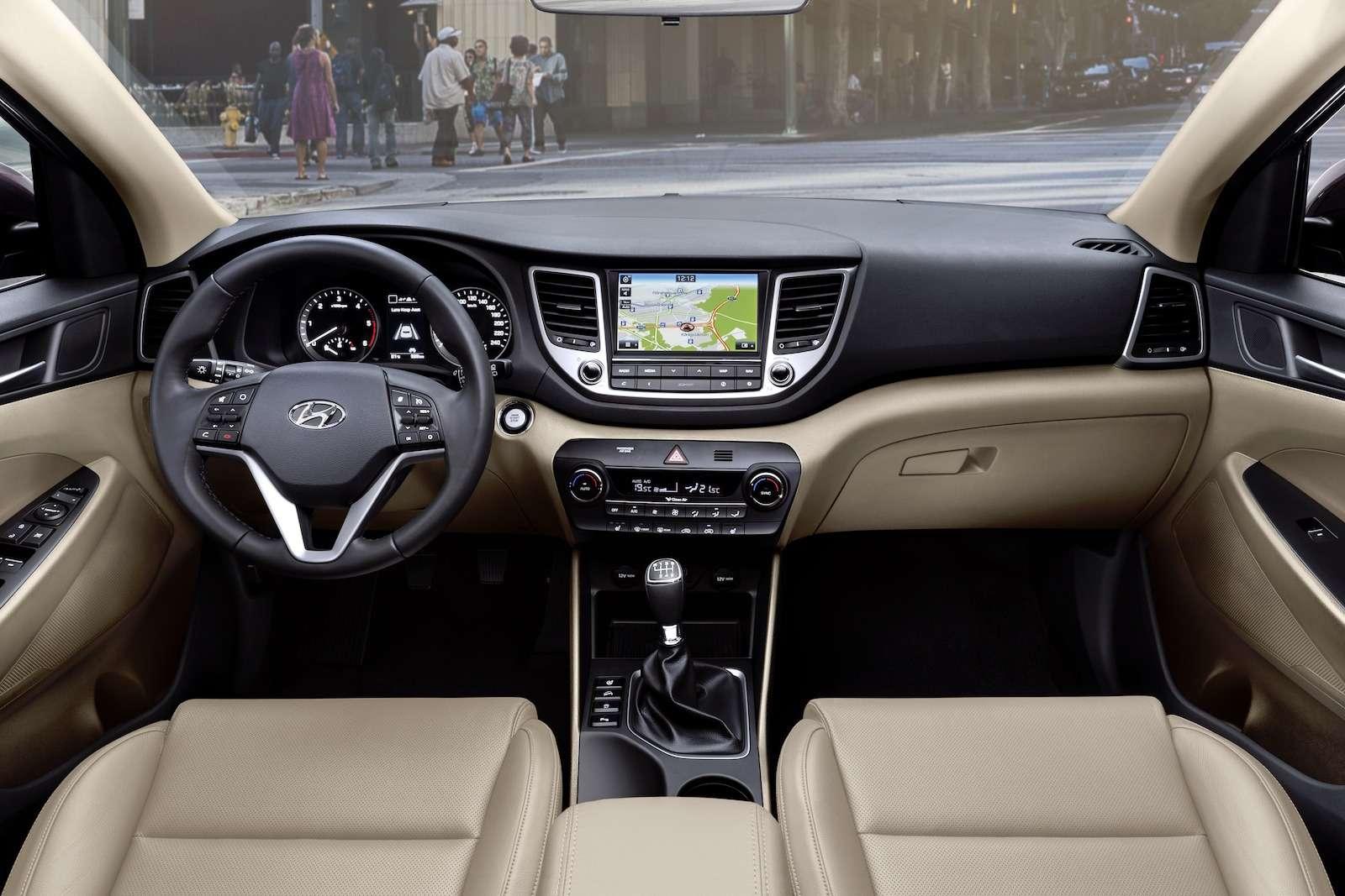 Hyundai Tucson или Santa Fe: на что потратить два миллиона рублей? — фото 601331