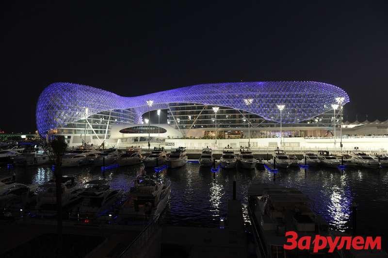 AbuDhabi GPYas Island Marina Circuit United Arab Emirates Yas Island Hotel