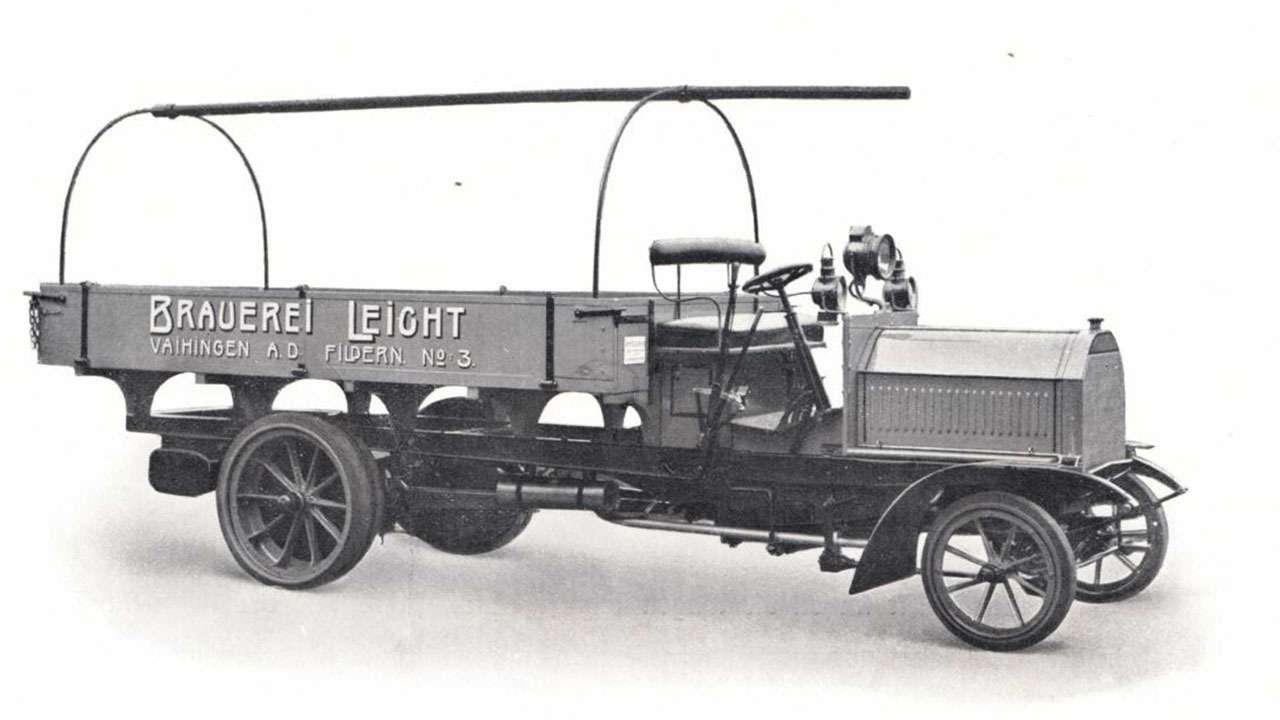 Кто построил самый первый вмире грузовик— фото 1239015