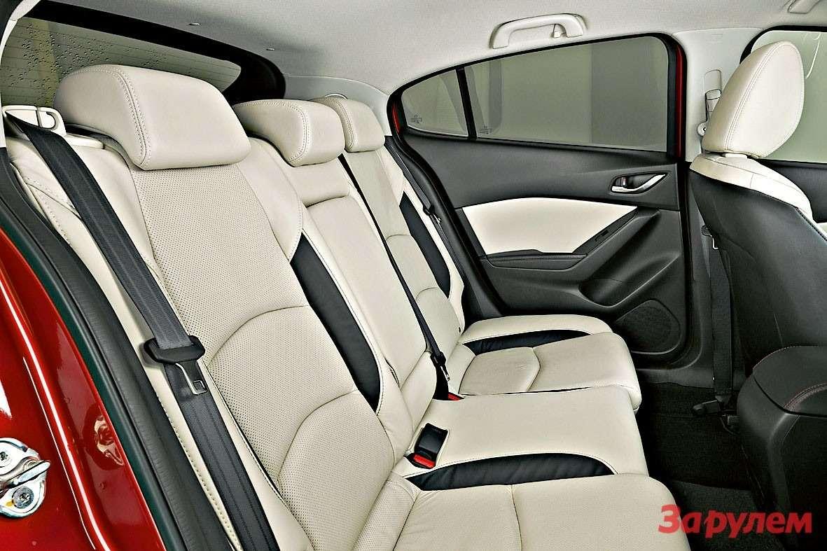 Mazda3 2013 Interior08
