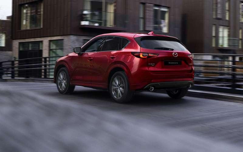 Mazda показала обновленный кроссовер CX-5