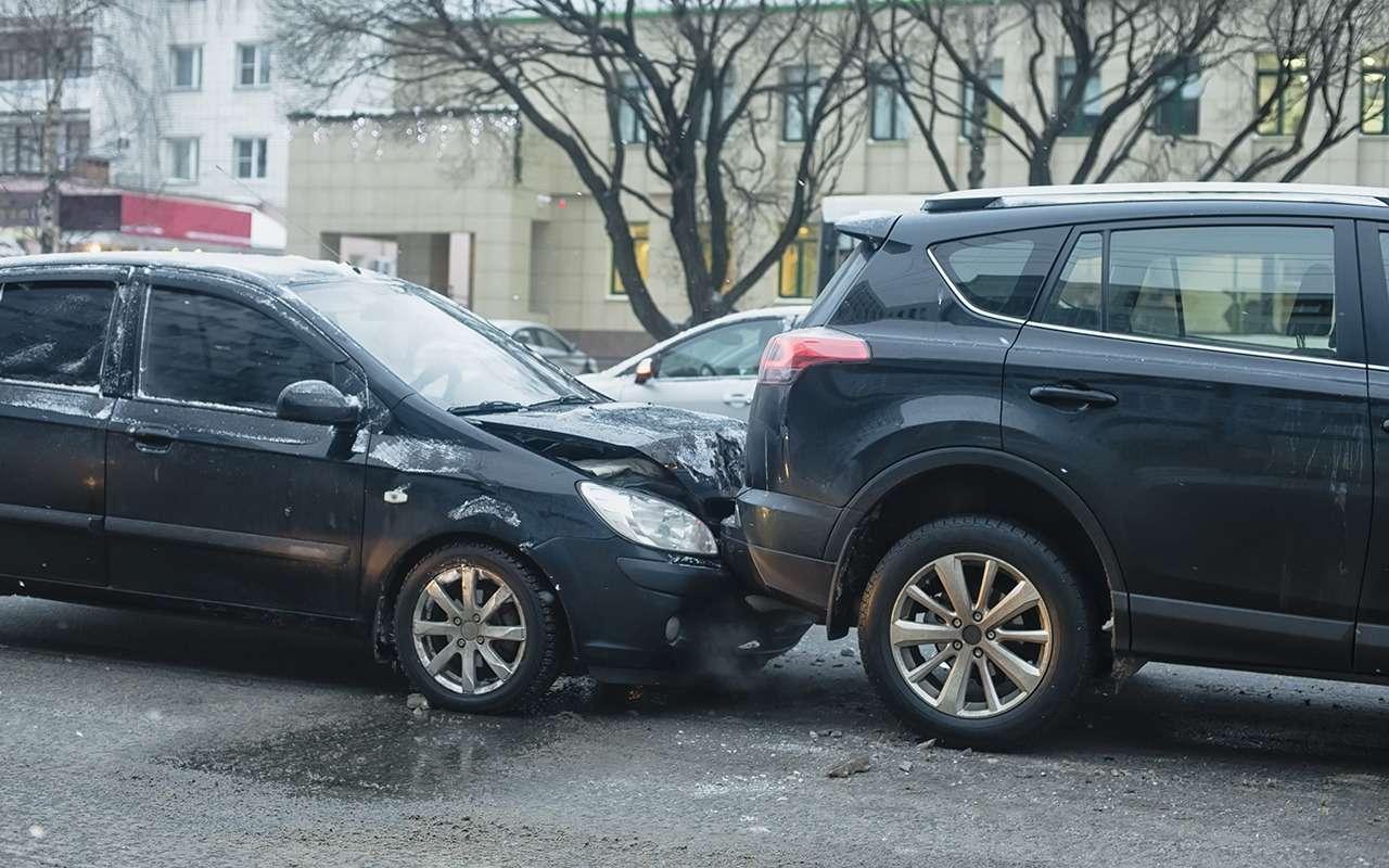 Прошлая зима ничему не научила: 8ошибок водителей при заморозках— фото 1010083