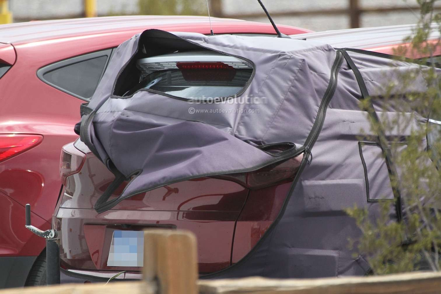 all-new-2016-hyundai-tucson-spied-with-less-camouflage-in-america-photo-gallery-1080p-17