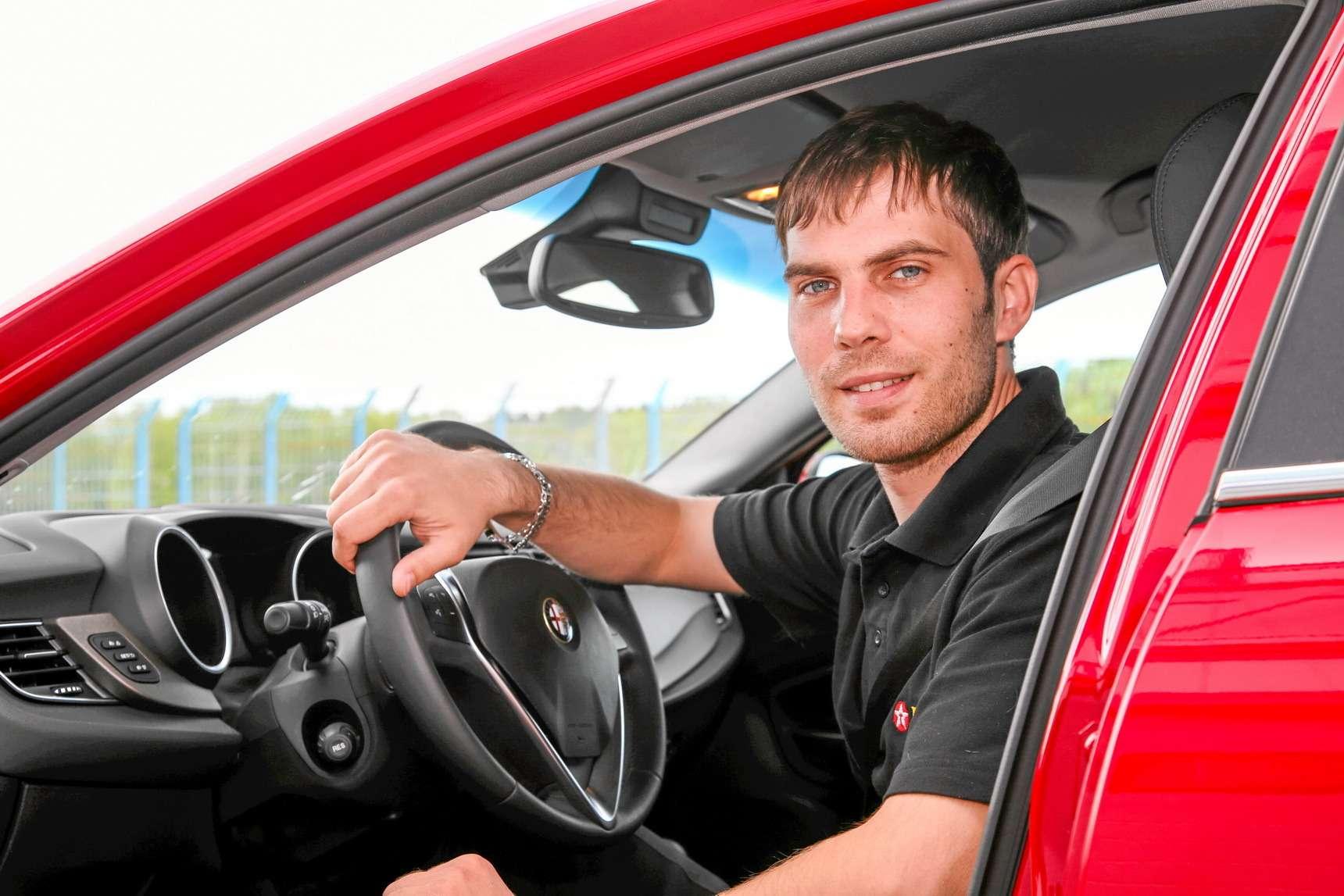 Самые быстрые автомобили вистории тестов «Зарулем»— фото 583911