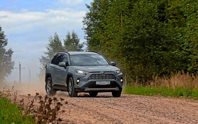 Неравный тест: Opel Grandland XиToyota RAV4