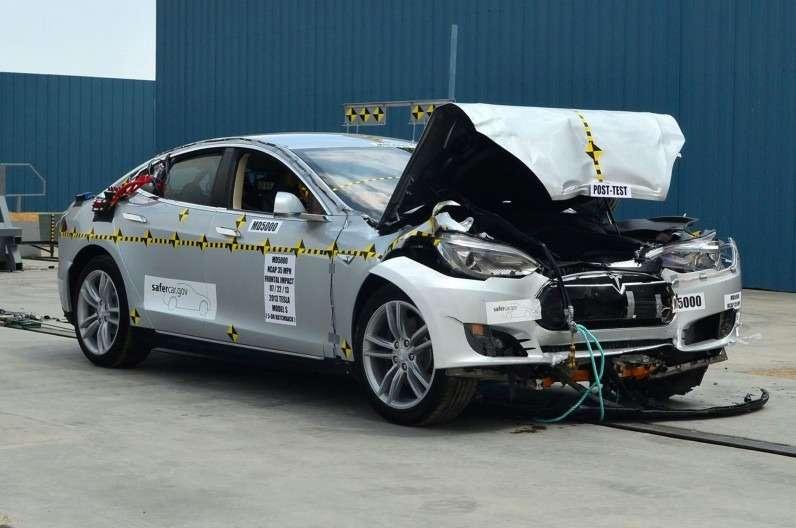 no copyright 2013 Tesla Model S post NHTSA test