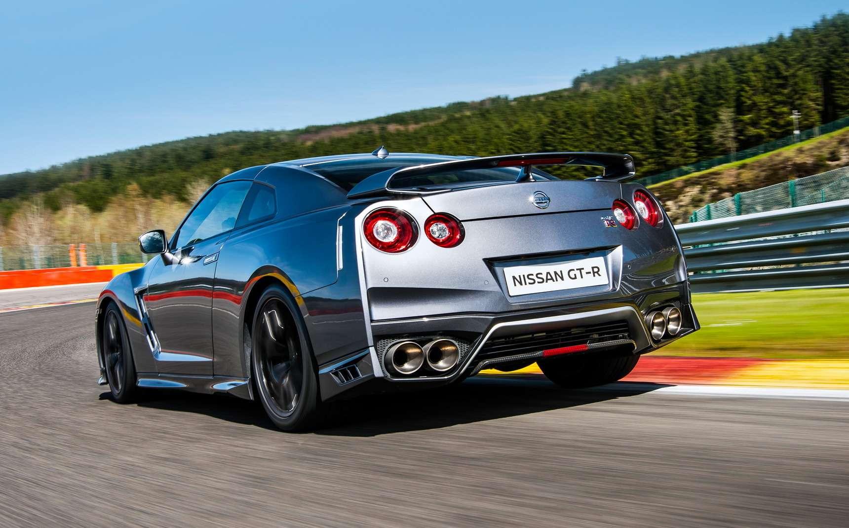 Обновленный Nissan GT-R: другая машина— фото 618238