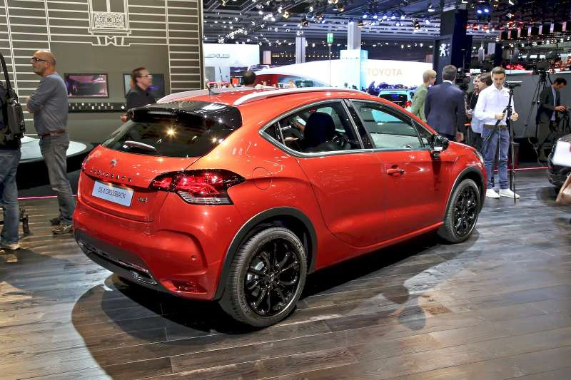 Citroen_DS4_Crossback_3
