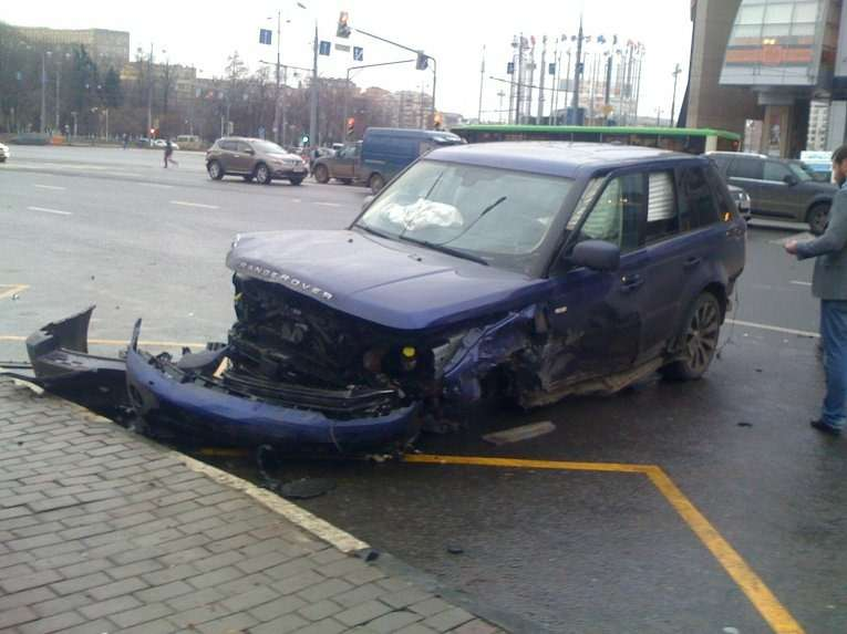 ДТПс8автомобилями произошло вМоскве