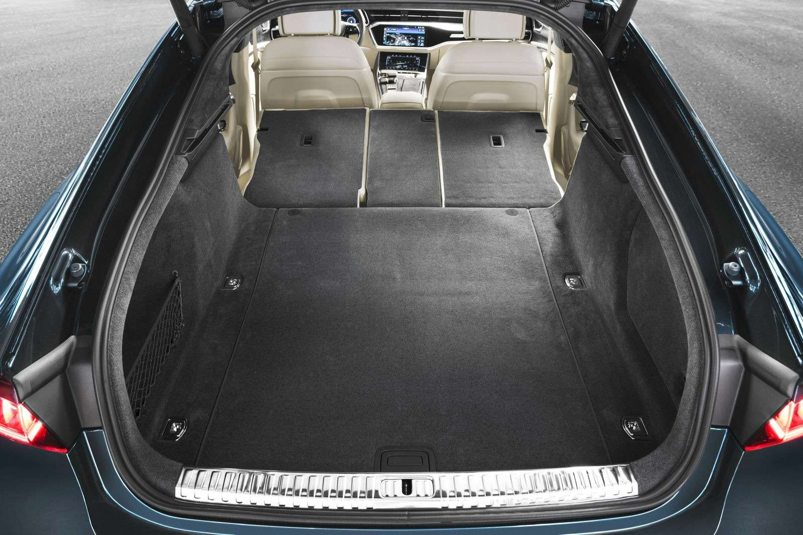 Новый Audi A7Sportback вРоссии: от4320000 рублей— фото 876031