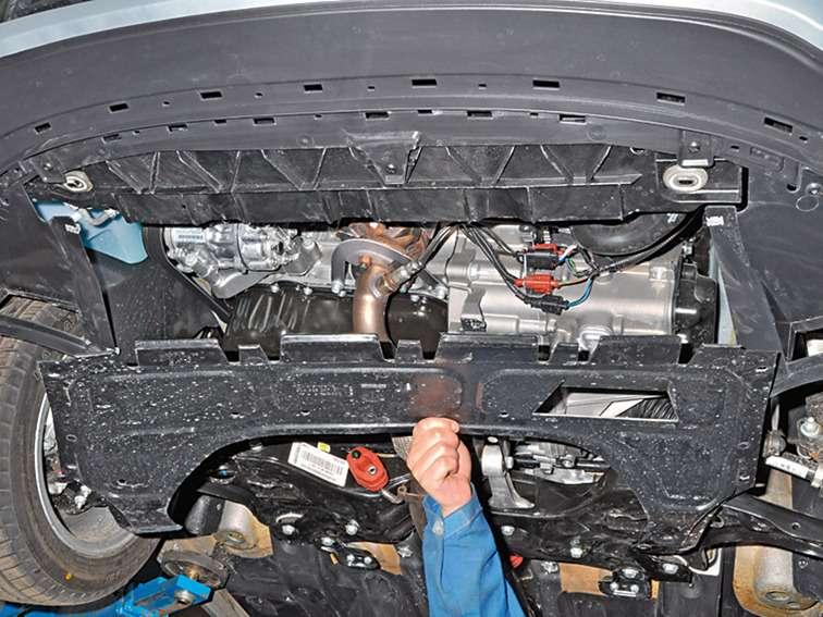 снятие электровентилятора радиатора фольксваген поло седан