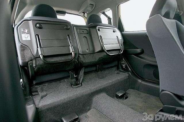 Тест Renault Modus, Peugeot 1007, Honda Jazz. Загадки малых форм— фото 61762