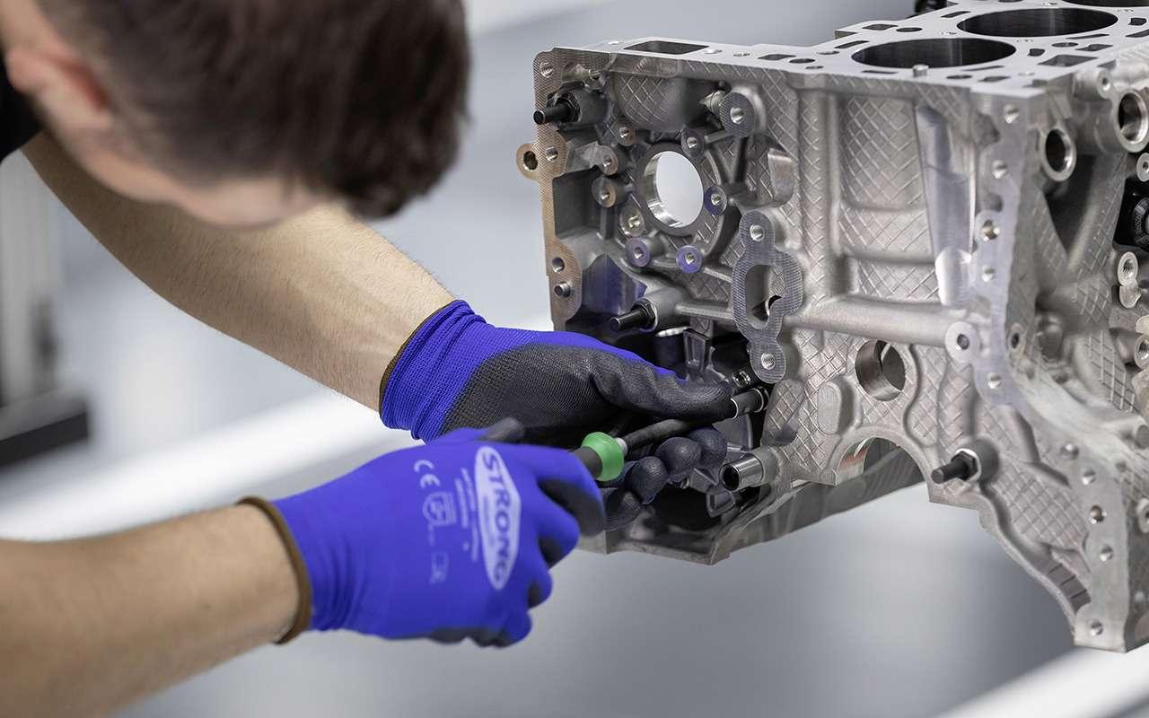 Турбированный двигатель Mercedes-AMG— новые подробности— фото 982763