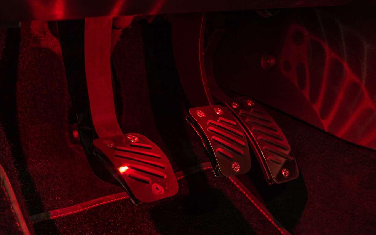 Лада Веста Спорт: 107 новых деталей и121 модернизированная— фото 908867