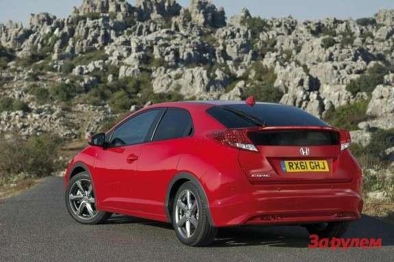 Honda Civic side-rear view