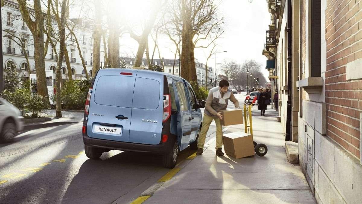 Renault позволила частникам покупать Twizy иKangoo Z.E.— фото 630816