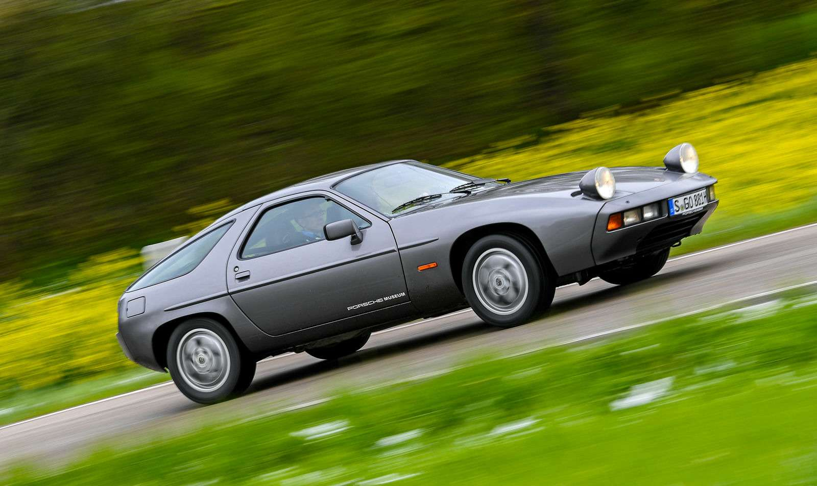 Глубокий TRANSaxle: отмечаем 40-летие Porsche классической компоновки— фото 605436