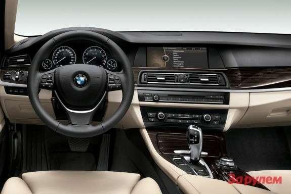 BMW5ActiveHybrid inside