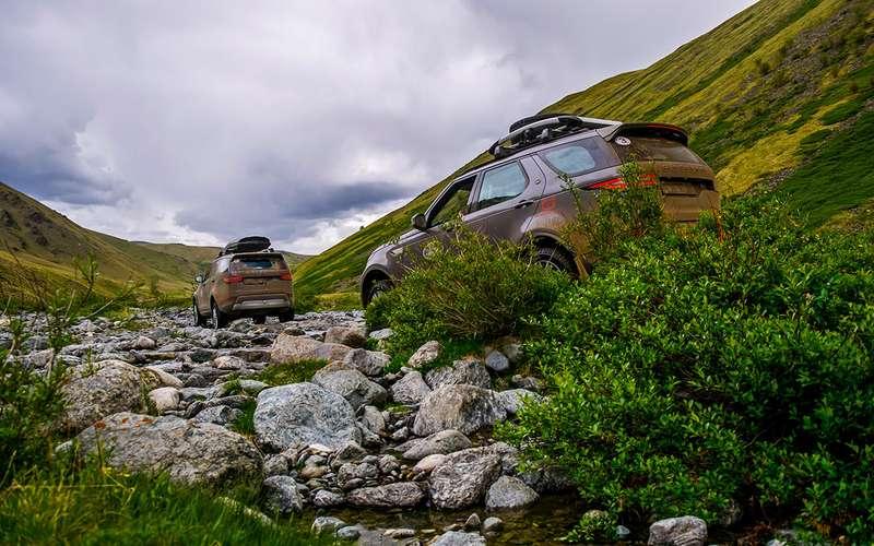 Новый Land Rover Discovery— проверка российским бездорожьем