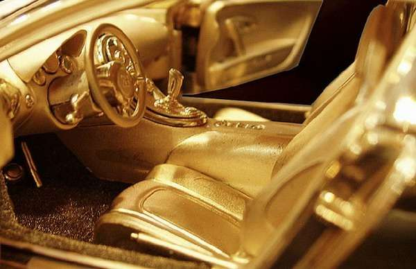 no_copyright_bugatti_gold