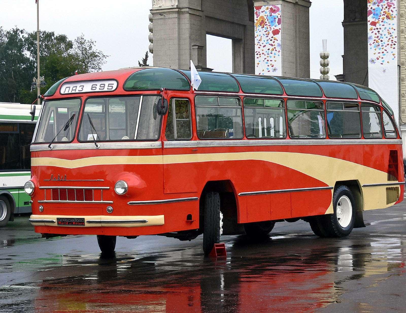 ЛАЗ-695, 1957г.