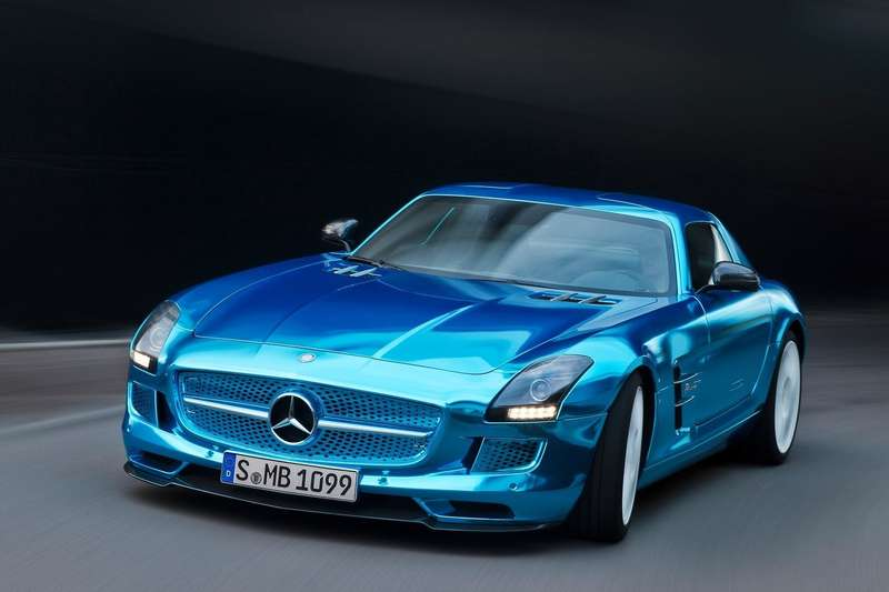 Mercedes-Benz-SLS_AMG_Coupe_Electric_Drive_2014_1600x1200_wallpaper_05
