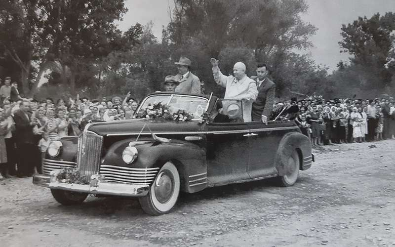 Автомобили Хрущева: вместо броневика— кабриолет ивнедорожник