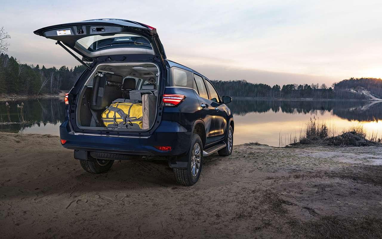 Toyota Fortuner сдизельным мотором: старт продаж— фото 1194204