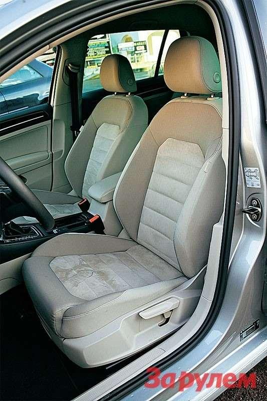 В наиболее полных версиях водительское кресло свеликолепным профилем имеет 12регулировок.