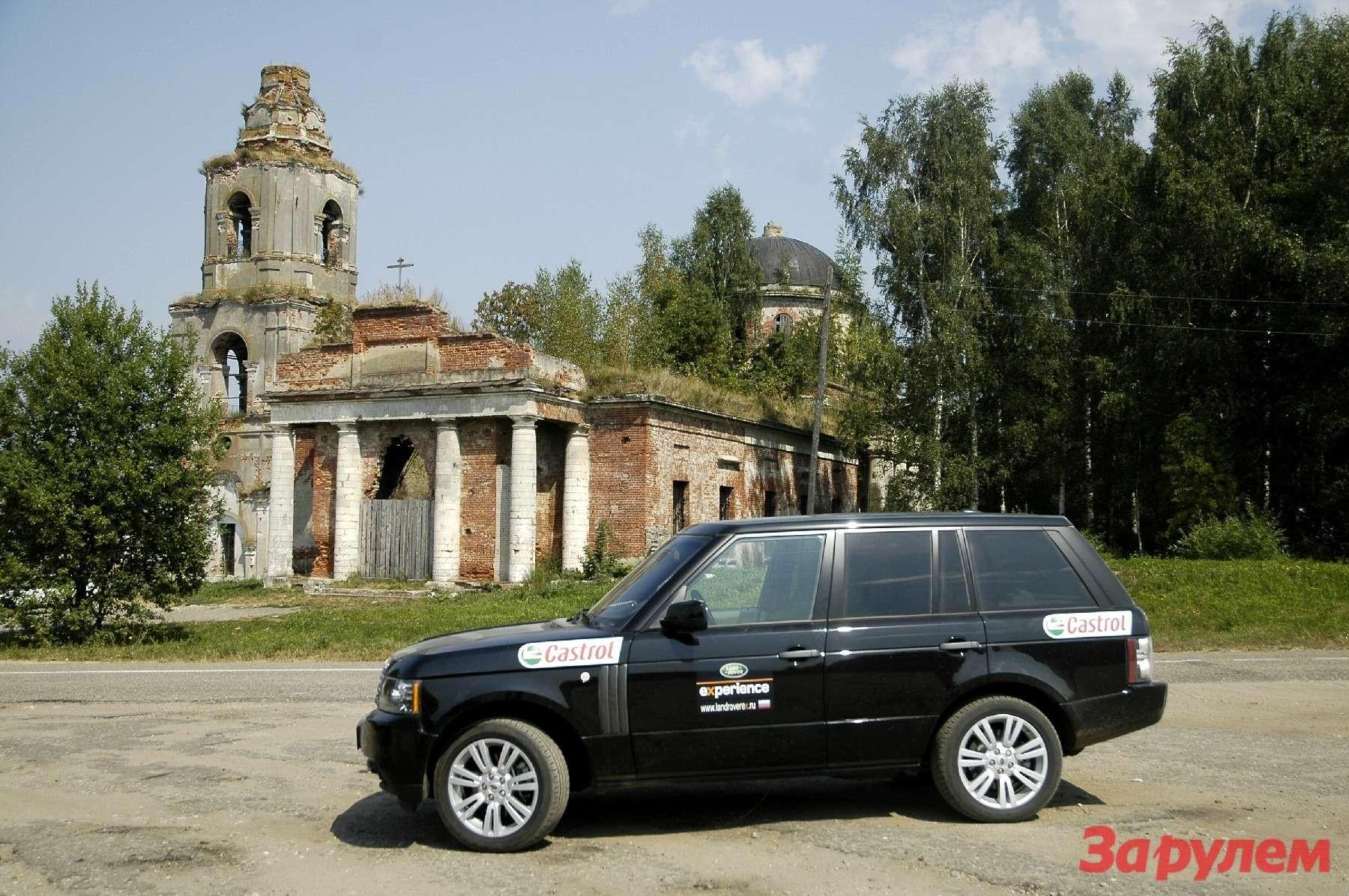С приходом иуходом советской власти, оказалось, что храмы так никому иненужны.