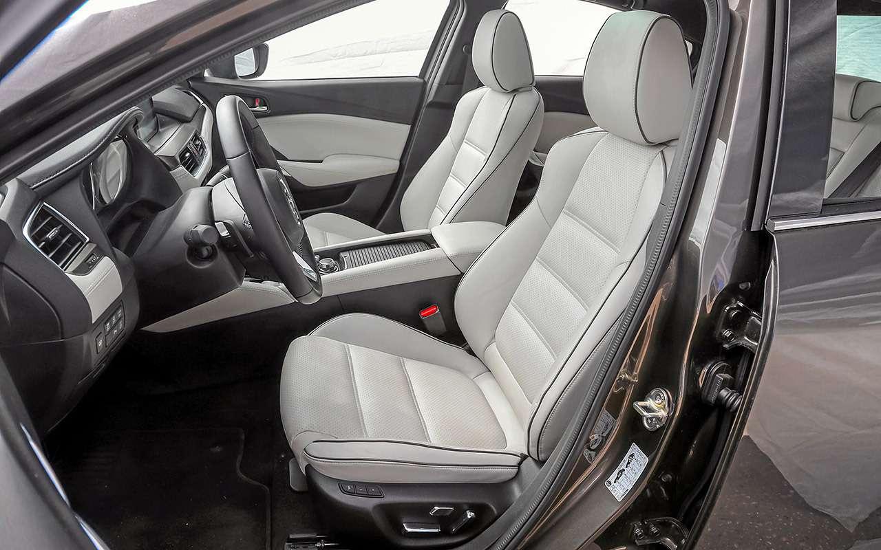 Toyota Camry против конкурентов— сравнительный тест— фото 882431