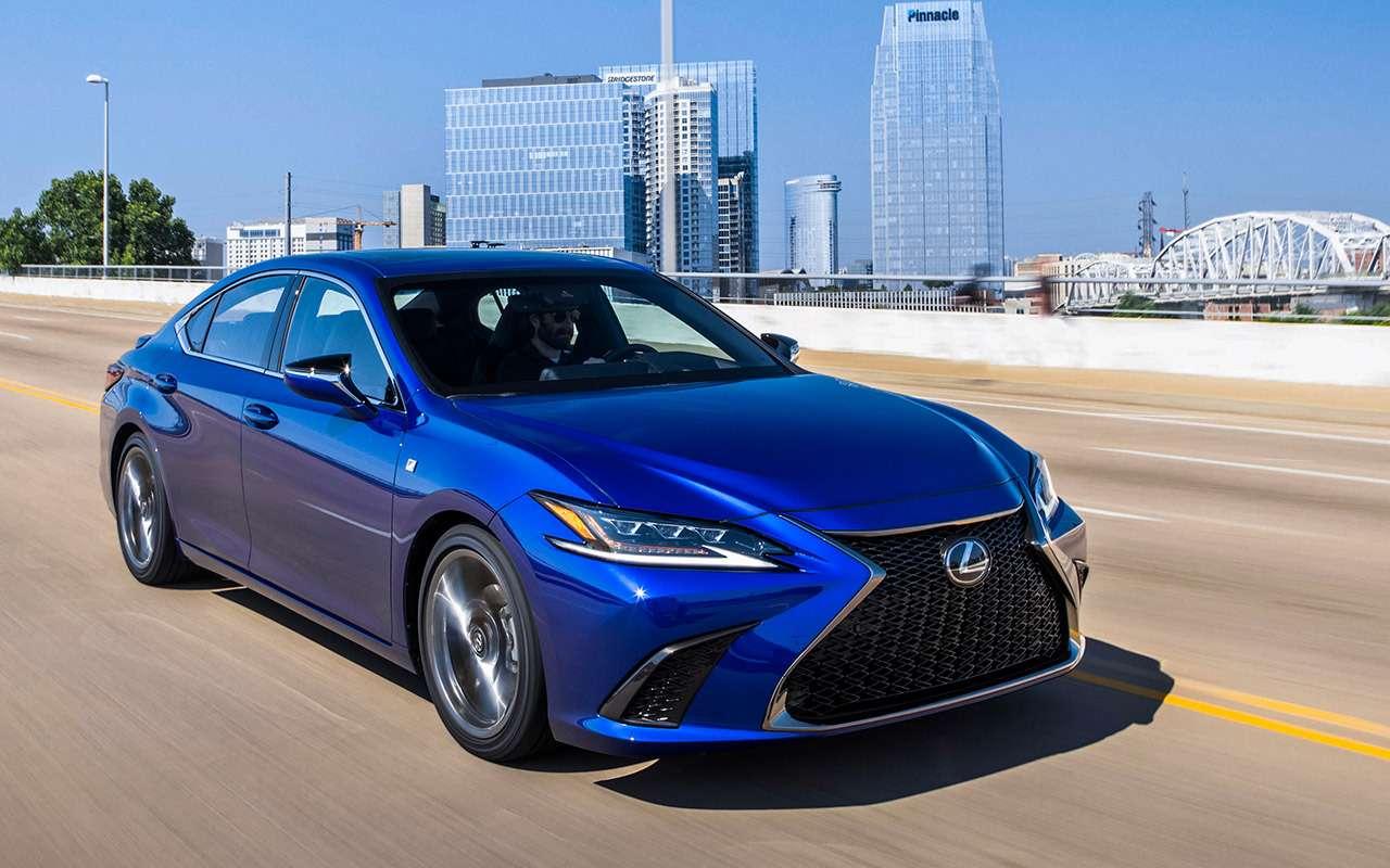 Новый Lexus ES— тест самых «вкусных» модификаций— фото 892654