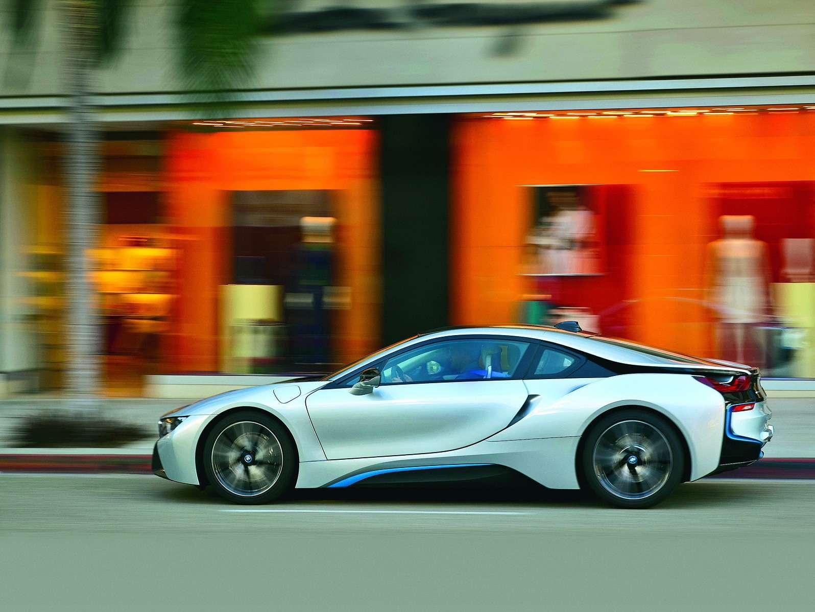 BMWi8_1