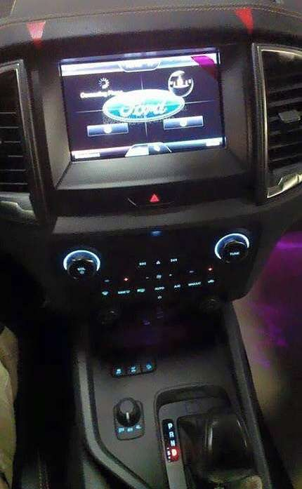 2015-ford-ranger-facelift-shows-us-its-interior-photo-gallery_2