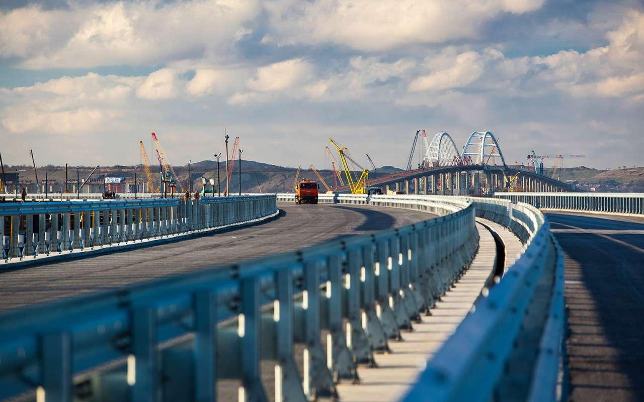 12вопросов про Крымский мост иодин— про универсалы Лада Веста— фото 865579