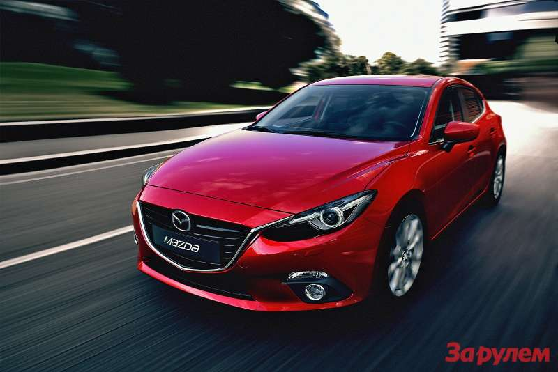 Mazda3 Hatchback 2013 action 01copy