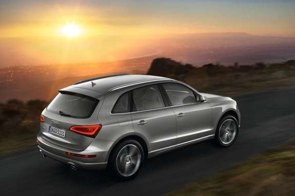 Facelifted Audi Q5side-rear view