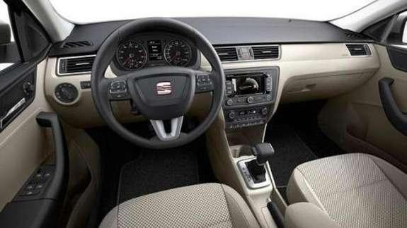 SEAT Toledo inside