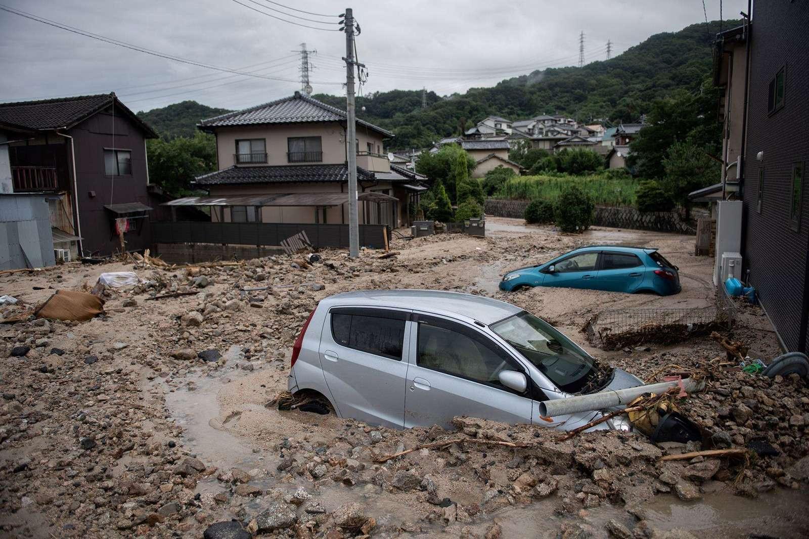 Наводнение вЯпонии: тысячи утопленных машин. Ждем ихвРоссии?— фото 886650