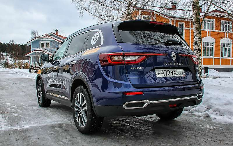 Новый Renault Koleos— впервые нанаших дорогах!