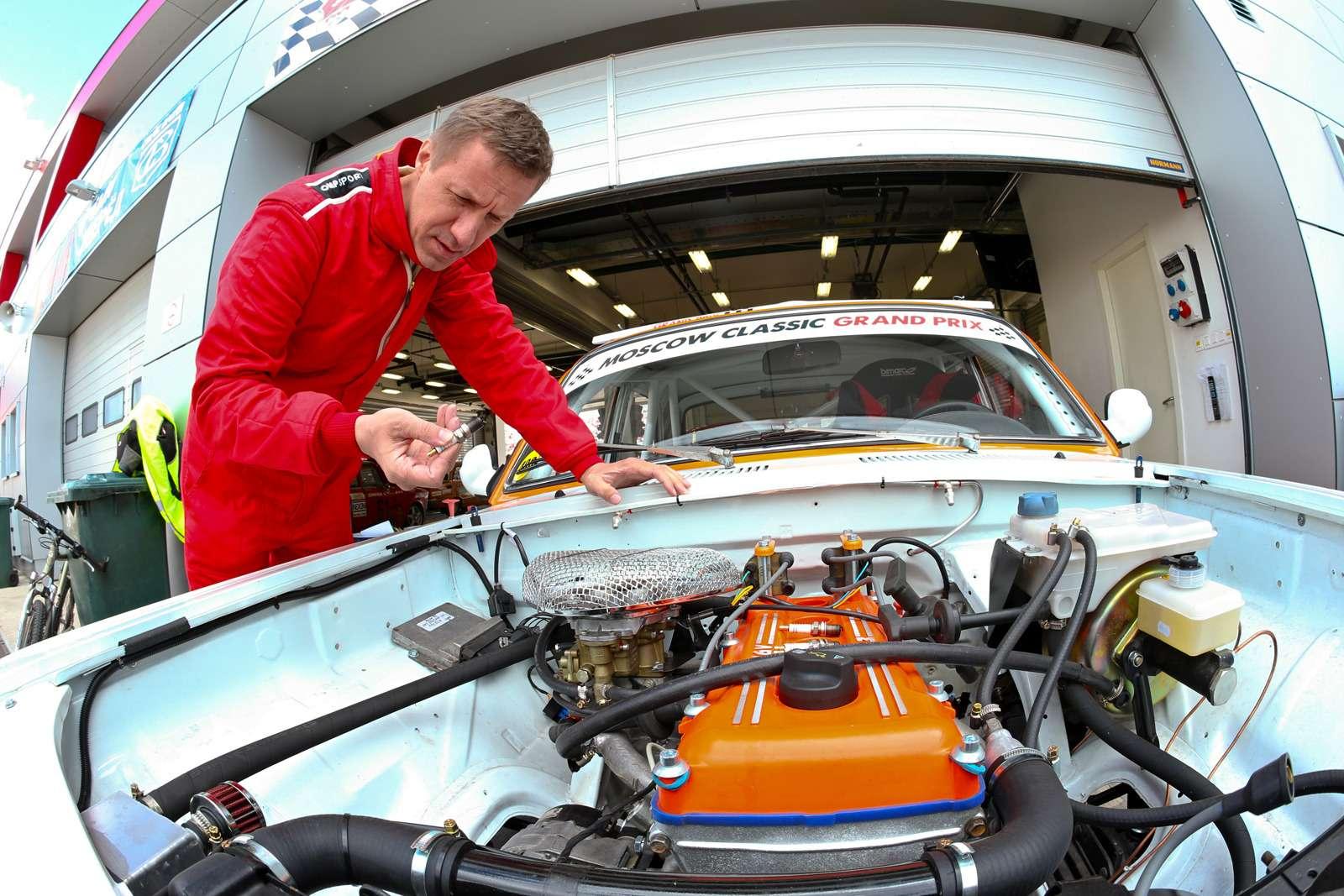 Выводим Волгу ГАЗ-24на Moscow Classic Grand Prix: вспомнить всё— фото 614544