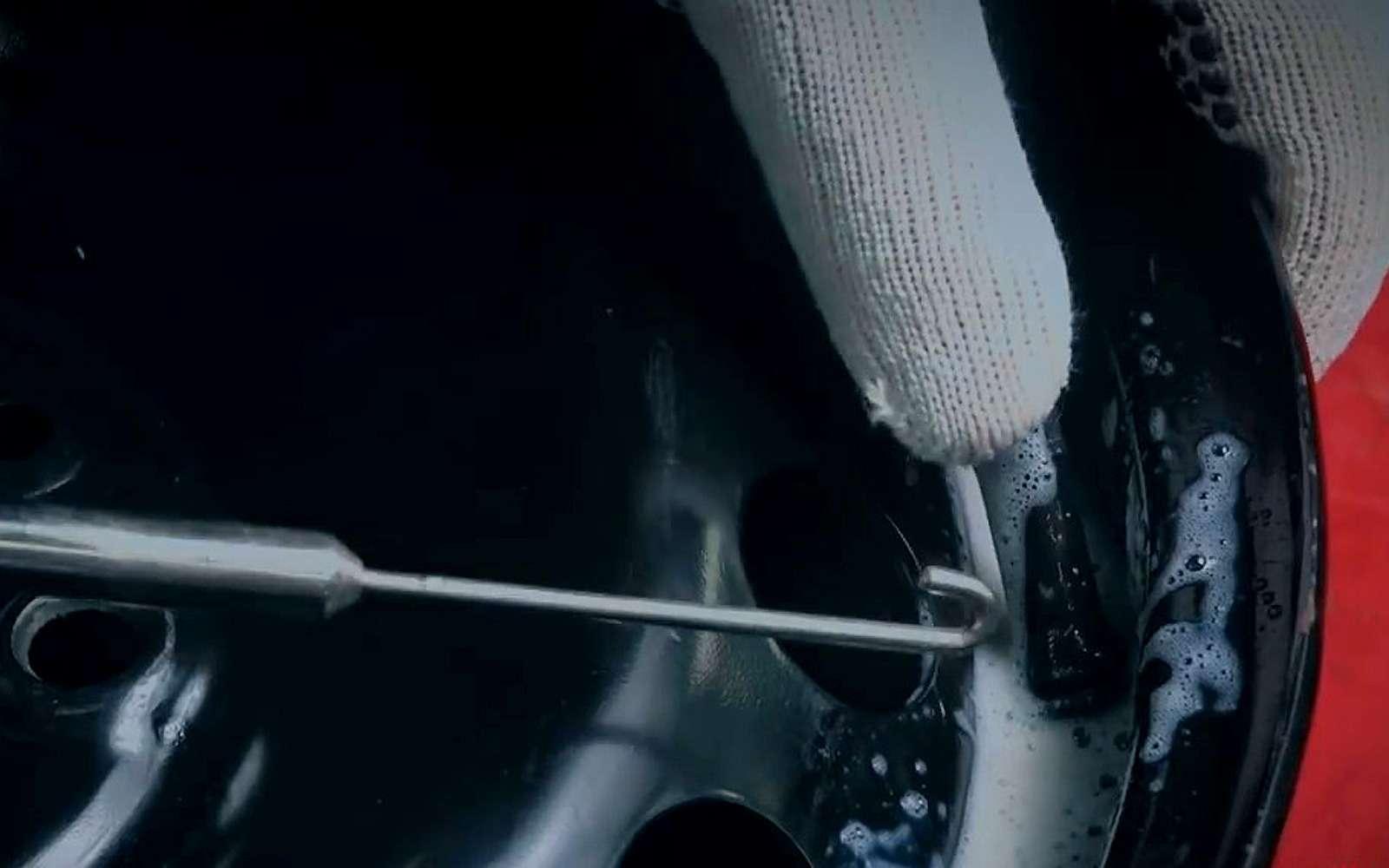 Какпоменять вентиль, неснимая шину— простой способ— фото 1197012