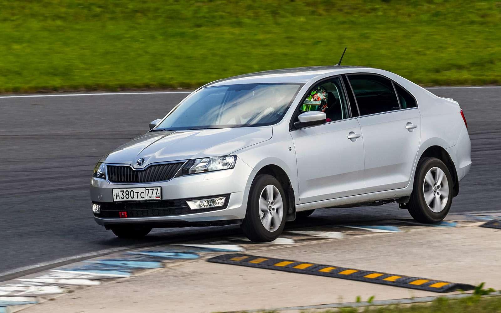 VWPolo GTпротив конкурентов: тест на«Смоленском кольце»— фото 644227