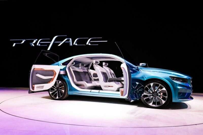 Geely представила вШанхае концептуальный седан PREFACE— фото 966738