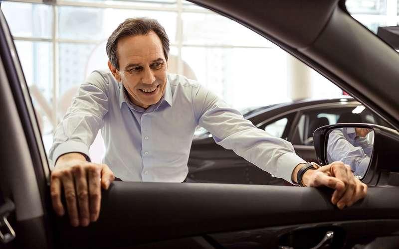 Стали известны самые популярные дополнительные опции при закупке нового авто