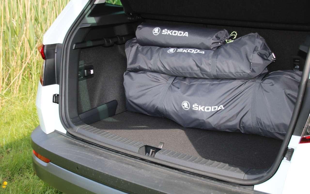 Дешевая альтернатива кемперу— надувная палатка Skoda— фото 1141525