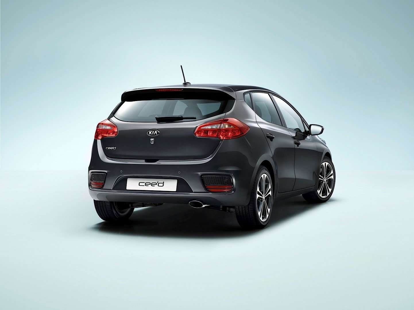 2016-kia-cee-d-brings-subtle-visual-upgrades-new-engines-and-sporty-gt-line-photo-gallery_8