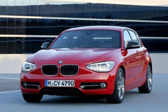 BMW1-Series side-front view
