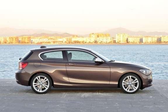 BMW1-Series 3-door side view